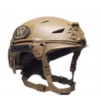 轻型战术头盔