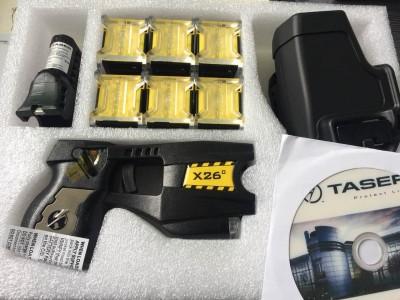 美国进口X26C泰瑟电击枪