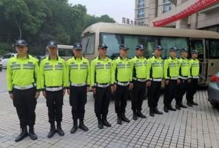 """台风""""利奇马""""走了,出勤站岗的警察蜀黍们当务之急应该选择它!"""